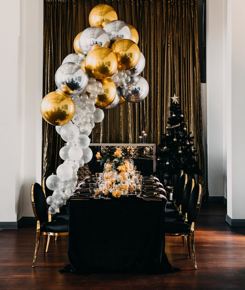 Table black & gold